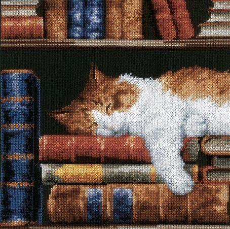 Вышивка кот в книгах